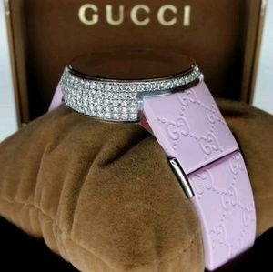 100% AUTHENTIC  Gucci diamond watch